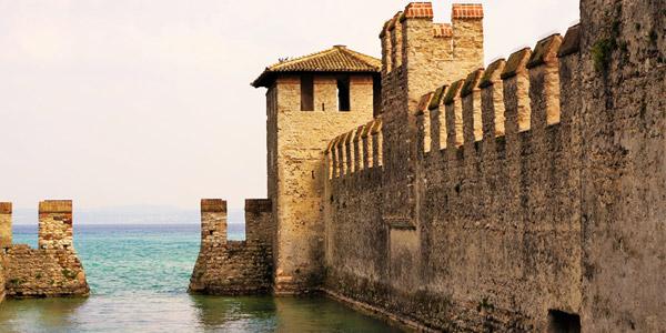 Sirmione und seine mittelalterlichen Schloss